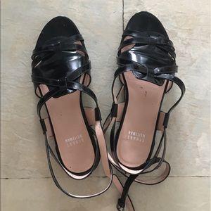 Stuart weitzman wrap around shoes black patent 7